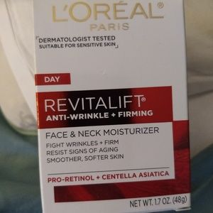 Loreal Revitalift Anti Wrinkle and Firming